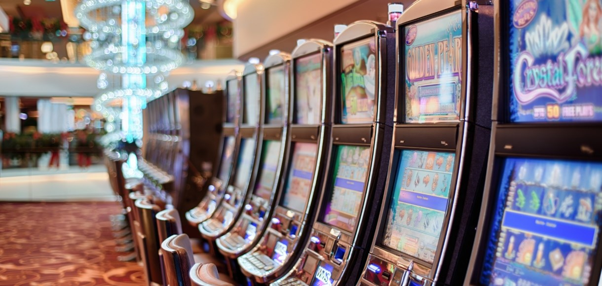 players love online slots
