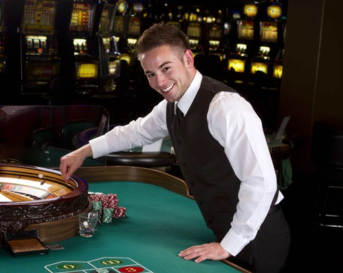 Play Poker Online Games